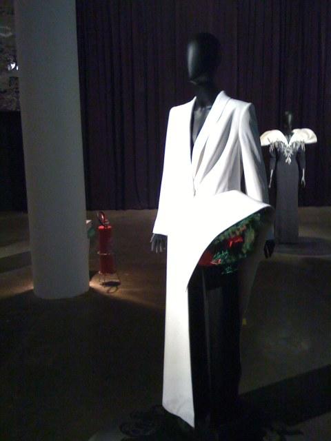 Smocking criado pra Bethy L, especialmente por convite para presidência do Grand Prix de Deauville em 1995, por Jean Paul Gaultier