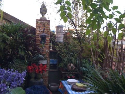 Backyard, com atmosfera provence, de Claudia Boechat e Carlos Henrique Duarte