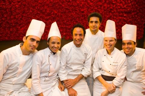 Equipe do restaurante Eñe del mar
